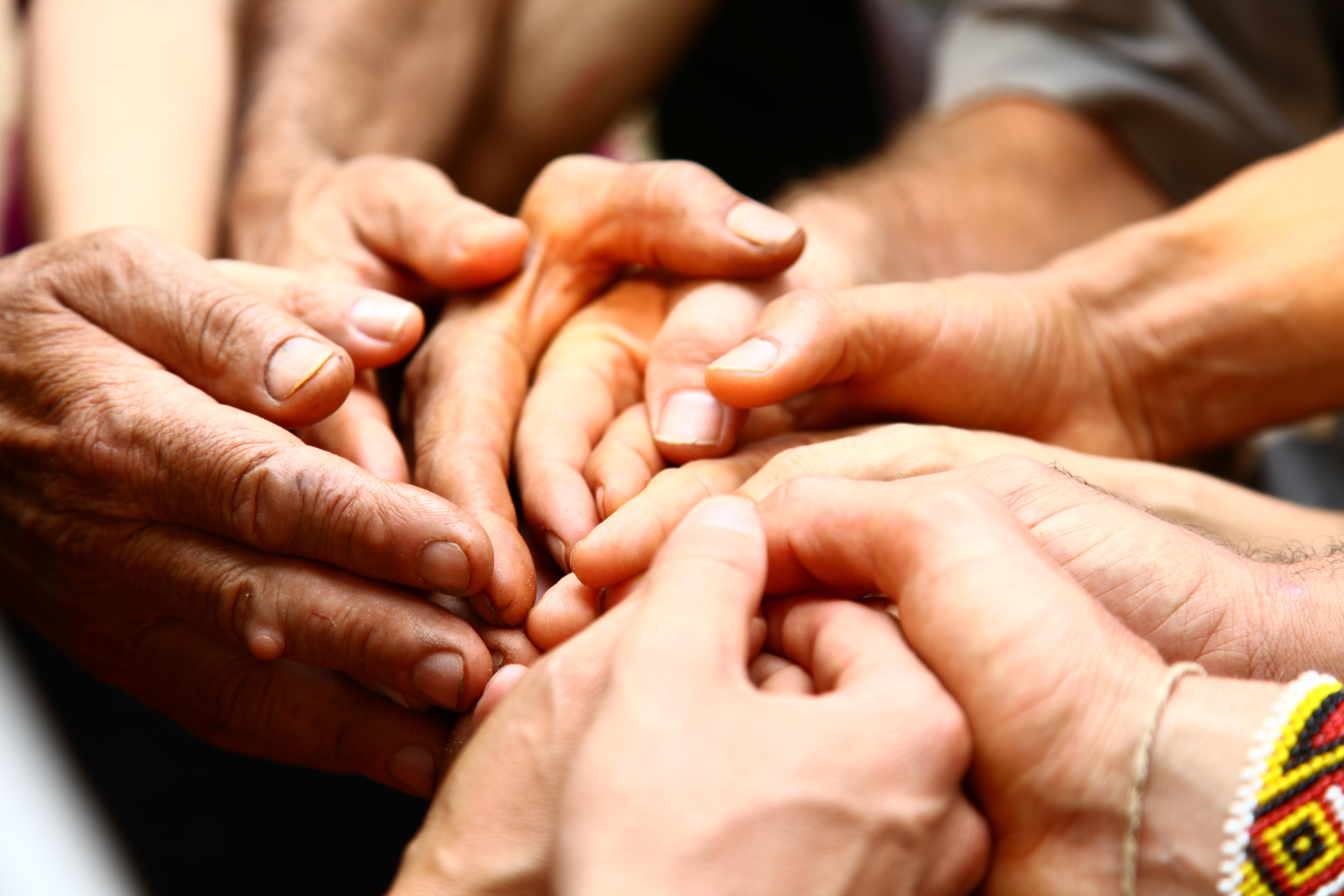 Mit grosser Dankbarkeit und Verbundenheit: denn zusammen sind wir stark und können die Welt zum Guten verändern!